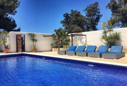 Villa with guest accommodation in Cala Bassa_2