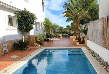 House close to the sea in Santa Eularia_5