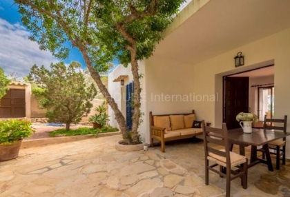 refurbishment opportunity frontline villa for sale in Cala Carbo_4 - Copy