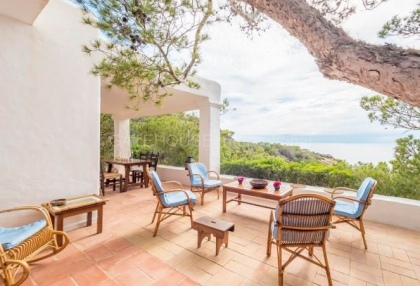 refurbishment opportunity frontline villa for sale in Cala Carbo_8 - Copy