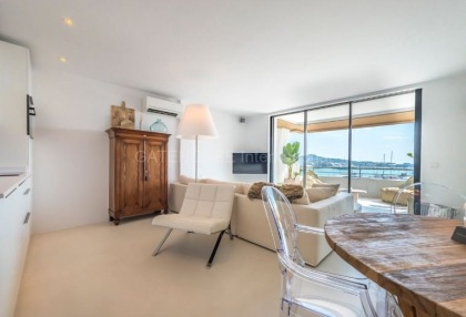 Top floor apartment with sea views in Ibiza Town_4