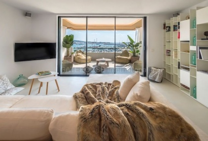 Top floor apartment with sea views in Ibiza Town_5