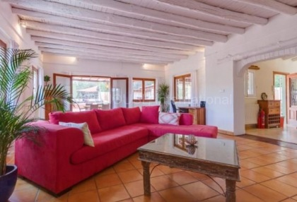 Villa for sale in Santa Gertrudis_12