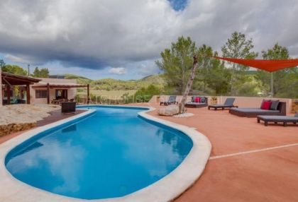 Villa for sale in Santa Gertrudis_2