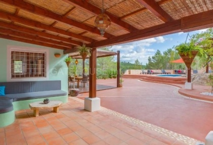 Villa for sale in Santa Gertrudis_5