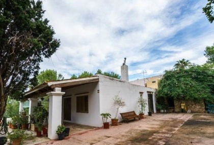 Renovation opportunity for sale in Santa Eularia_11