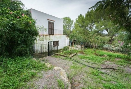 Renovation opportunity for sale in Santa Eularia_13