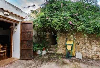 Renovation opportunity for sale in Santa Eularia_8