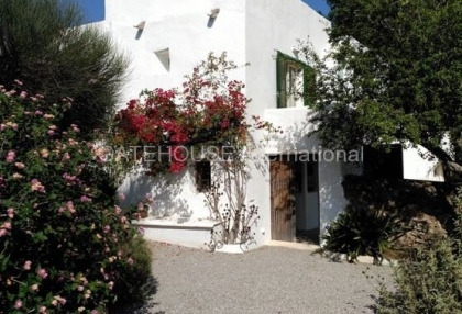 Restored Ibiza finca for sale in Santa Eularia_2