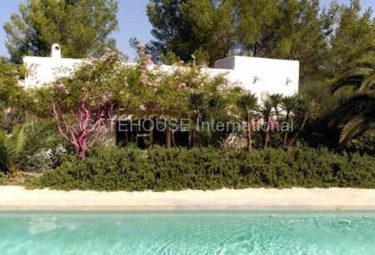 Restored Ibiza finca for sale in Santa Eularia_5