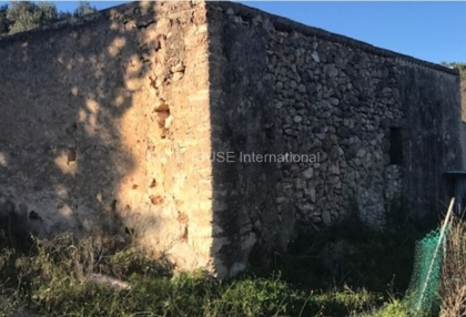 Renovation project for sale in the centre of Ibiza_10