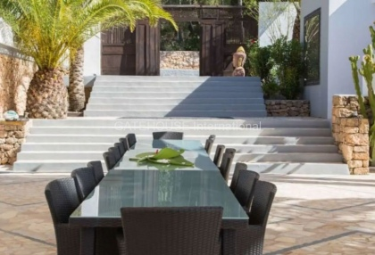 Large luxury villa with views over Ibiza Town_6