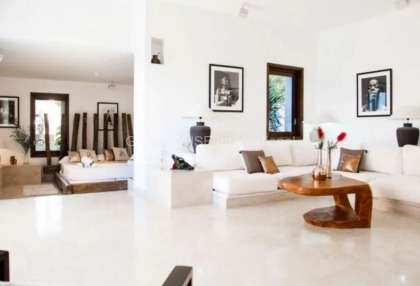 Large luxury villa with views over Ibiza Town_7