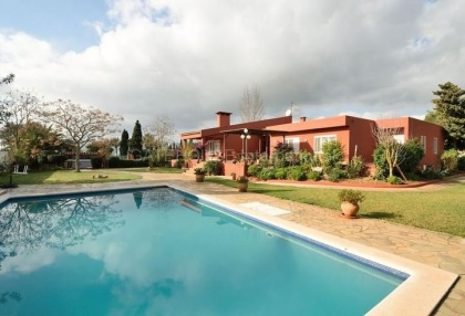 Villa with pool close to Ibiza Town_2