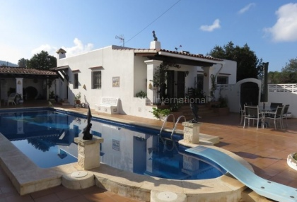 Private villa in Port des Torrent with guest annexe_1