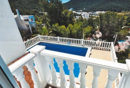 Reformed sea view villa for sale in Cala Llonga_11