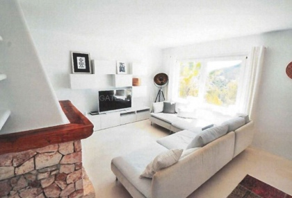 Reformed sea view villa for sale in Cala Llonga_2