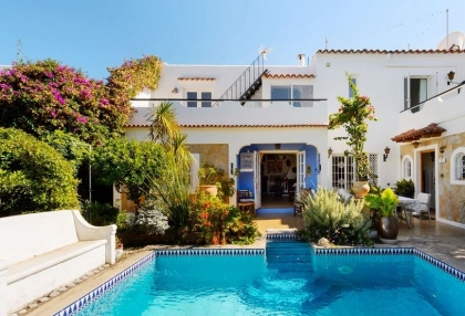 House for sale with pool close to Santa Eulalia_1
