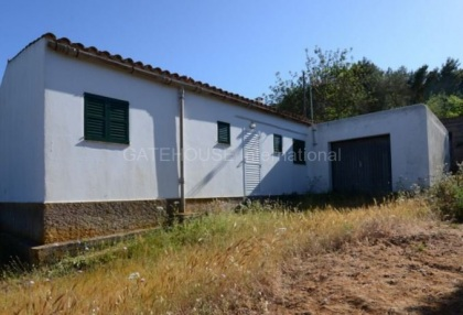 country house with potential for renovation in Santa Eularia_2