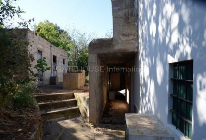 country house with potential for renovation in Santa Eularia_4