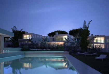 Brand new five bedroom villa for sale close to beach in Santa Eularia_8