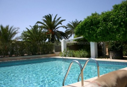 Townhouse for sale on the outskirts of Santa Eularia_11