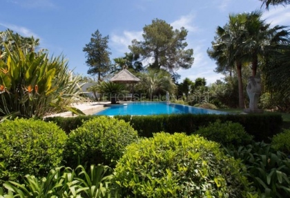 Modern detached luxury home for sale in Santa Eularia_12
