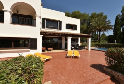 Large detached villa for sale close to Santa Eularia_11