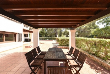 Large detached villa for sale close to Santa Eularia_2