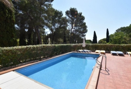 Large detached villa for sale close to Santa Eularia_3