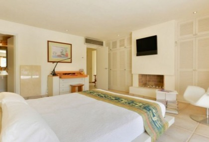 Four bedroomed house for sale in Roca Llisa, Ibiza_13
