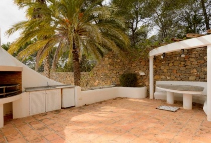 Spacious semi detached house for sale with panoramic sea views in Santa Eularia_5