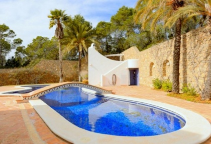 Spacious semi detached house for sale with panoramic sea views in Santa Eularia_7