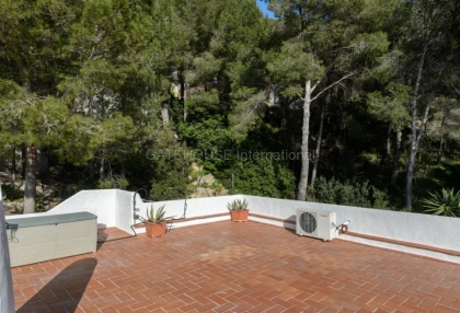 Detached home close to the beach in Cala Llonga_12