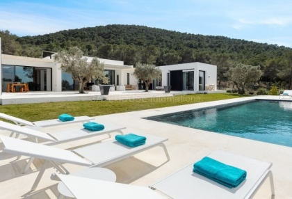 Modern villa surrounded by nature close to Can Furnet_2
