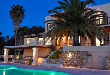 Contemporary luxury home with panoramic sea and sunset views in san Agustin_14