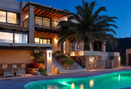 Contemporary luxury home with panoramic sea and sunset views in san Agustin_7