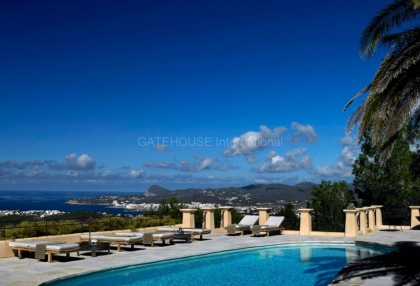 Contemporary luxury home with panoramic sea and sunset views in san Agustin_8