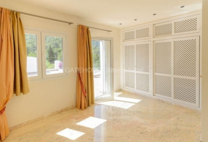 Luxury detached home for sale in Las Salinas_8