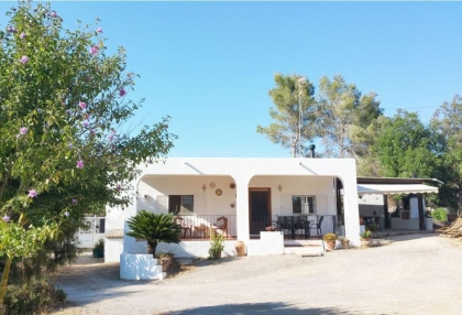 Rustic house for sale close to Jesus and Ibiza town_1