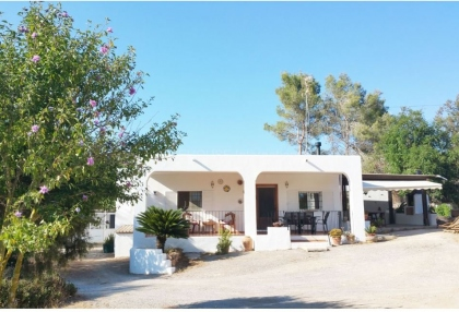 Rustic house for sale close to Jesus and Ibiza town_5