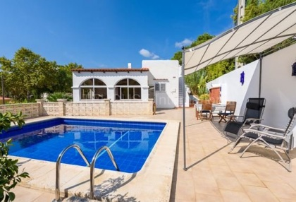 Two bedroom villa for sale in Cala Llonga_2