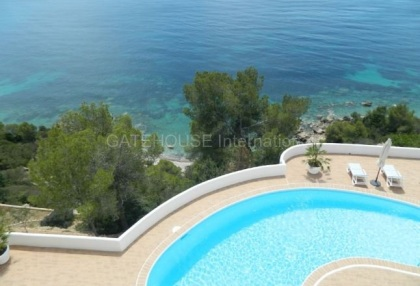 Frontline sea view homes for sale in Es Cubells with direct sea access_1