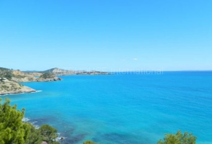Frontline sea view homes for sale in Es Cubells with direct sea access_7