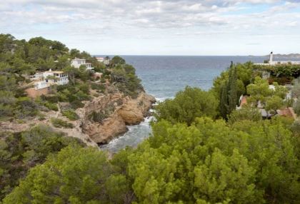 Villa for sale in Cala Moli with sea and sunset views_1b