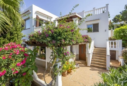 Sea view villa for sale in Es Figueral_5