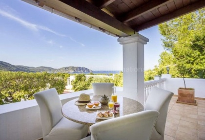Sea view villa for sale in Es Figueral_8