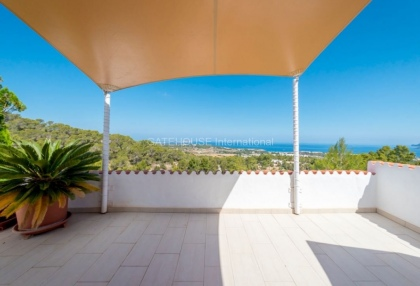 Sea view apartment for sale close to Cala Conta_9