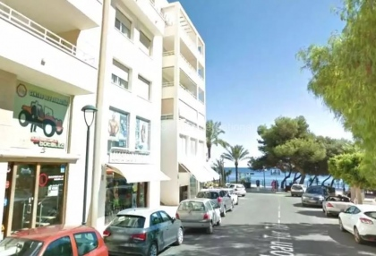 Two bedroom penthouse apartment in Santa Eularia with sea views_3