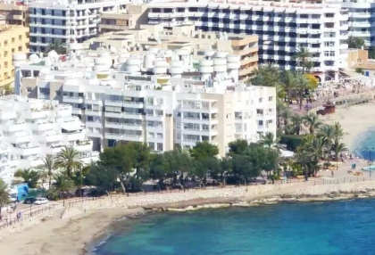 Two bedroom penthouse apartment in Santa Eularia with sea views_7